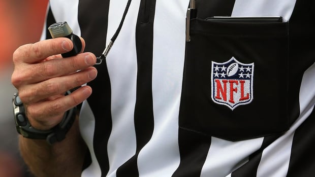 Roger Goodell: NFL to hire full-time officials - IMAGE
