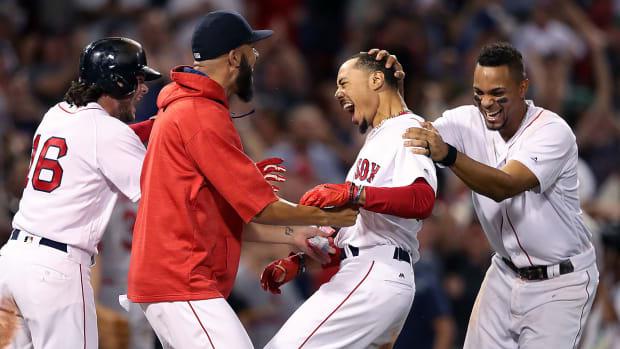 red-sox-jim-davis-boston-globe-getty2.jpg