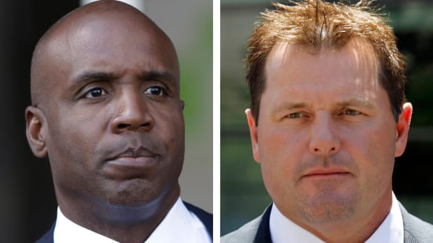 Barry Bonds, Roger Clemens not voted into Baseball Hall of Fame IMAGE