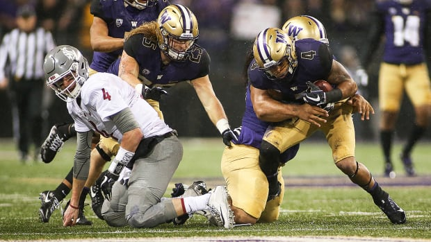 washington-beats-washington-state-apple-cup-luke-falk.jpg
