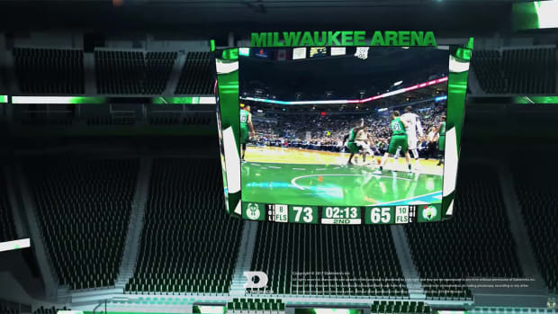milwaukee-bucks-centerhung-screen-techie.jpg