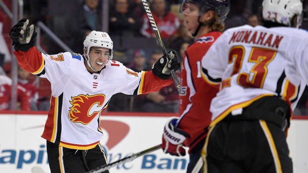 johnny-gaudreau-flames-nhl-power-rankings-1200.jpg