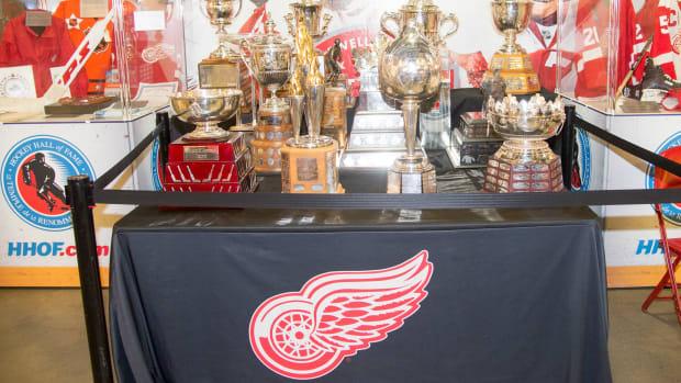 detroit-red-wings-logo.jpg
