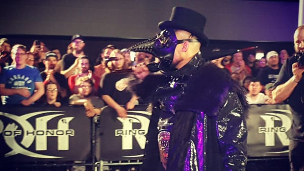 the-villain-marty-scurll-bullet-club-roh.jpg