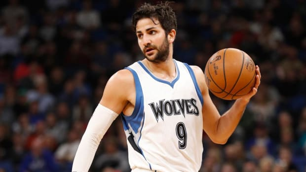 Ricky Rubio traded to Utah Jazz for 2018 first round draft pick--IMAGE