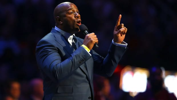 magic-johnson-lakers-president.jpg