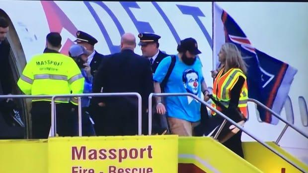 matt-patricia-roger-goodell-clown-shirt.jpg