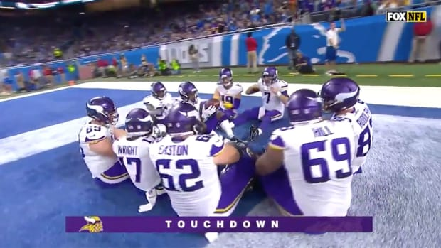 vikings-touchdown-celebration.jpg