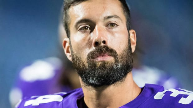 Vikings Safety Andrew Sendejo Suspended One Game--IMAGE