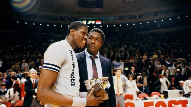 John Thompson and Patrick Ewing in 1984.