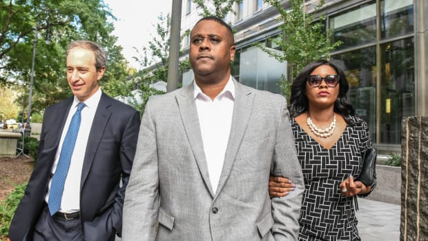 lawyers-ncaa-scandal-charges-dropped.jpg
