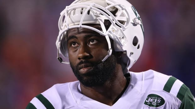 Attorneys for Darrelle Revis say voice on tape was not his - IMAGE