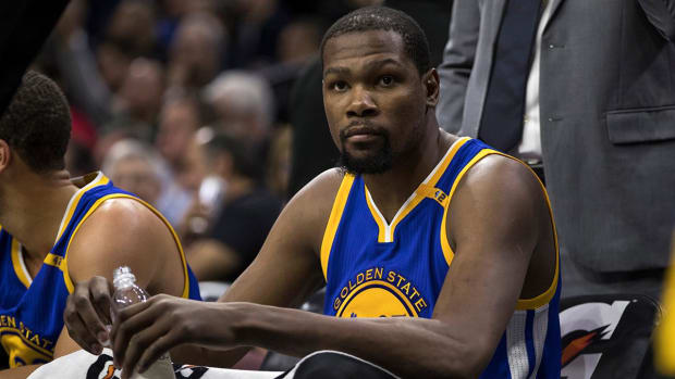 Kevin Durant has MCL sprain, will be reevaluated in four weeks