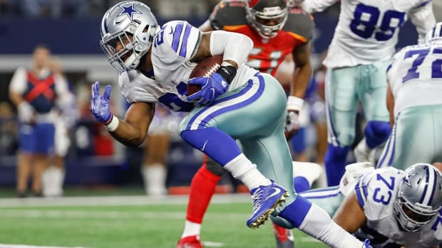 Ezekiel Elliott involved in minor car accident, not injured - IMAGE