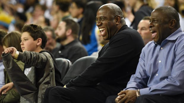 Magic Johnson wants to 'call the shots' with Lakers