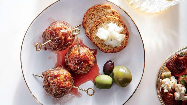 super-bowl-recipes-glazed-cocktail-meatballs.jpg