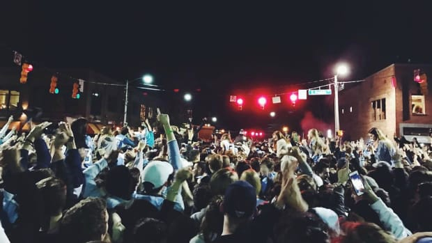 north-carolina-students-celebrate-franklin-street-videos.jpg