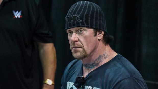 The Undertaker visits Tom Herman's Longhorns--IMAGE