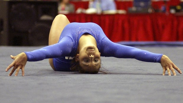 High profile gymnasts come forward, claim abuse by doctor IMAGE