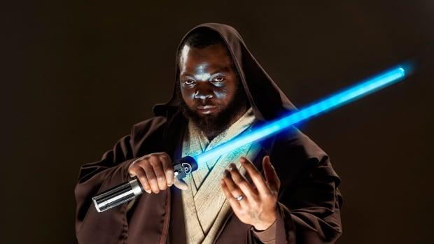 Michael-Bennett-Star-Wars-Jedi-X160197_TK1_080_rawfinal.jpg