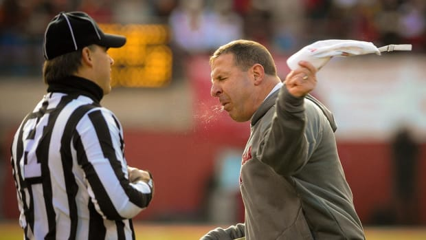 #DearAndy: Why Isn't Bo Pelini Mentioned in More Head Coaching Searches?