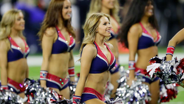 New-England-Patriots-cheerleaders-GettyImages-633949866_master.jpg