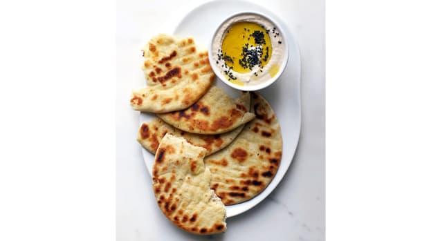 super-bowl-recipes-white-bean-and-horseradish-hummus.jpg