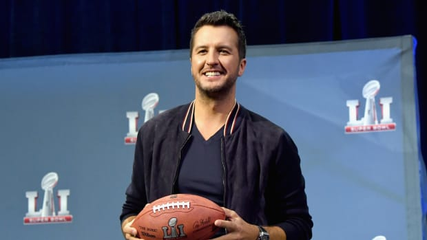 luke-bryan-super-bowl.jpg