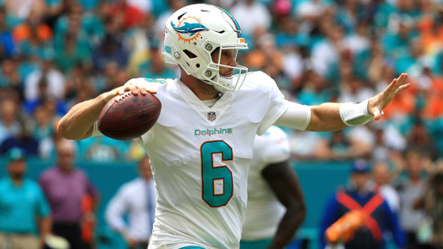 jay-cutler-chest-injury-dolphins.jpg