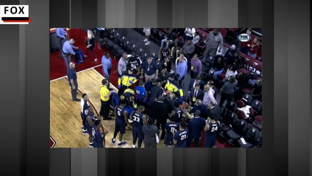 South Carolina State Basketball Player Collapses On Bench--IMAGE