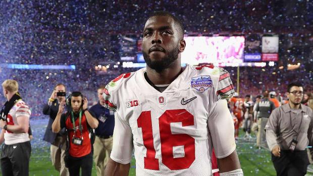 J.T. Barrett will return to Ohio State for senior year IMAGE