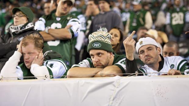 jets-twitter-yankees-playoffs-fans.jpg