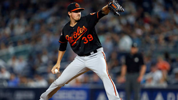 kevin_gausman_ejected_red_sox_orioles.jpg