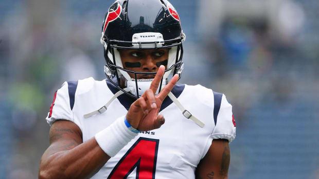 Report: Texans QB Deshaun Watson Tore ACL in Practice - IMAGE