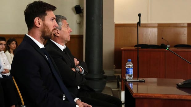 Messi offers to pay $558,000 to avoid 21-month jail sentence
