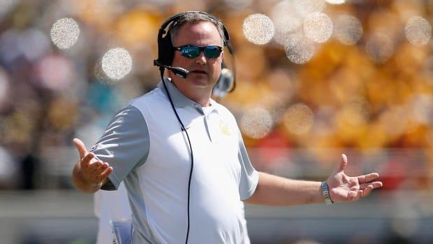 Cal fires head coach Sonny Dykes - IMAGE