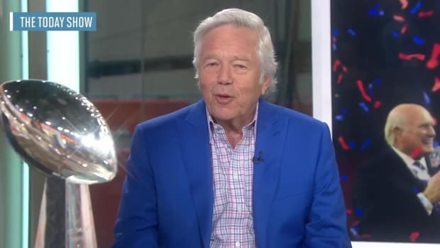 Patriots owner Robert Kraft not concerned with players skipping White House visit - IMAGE