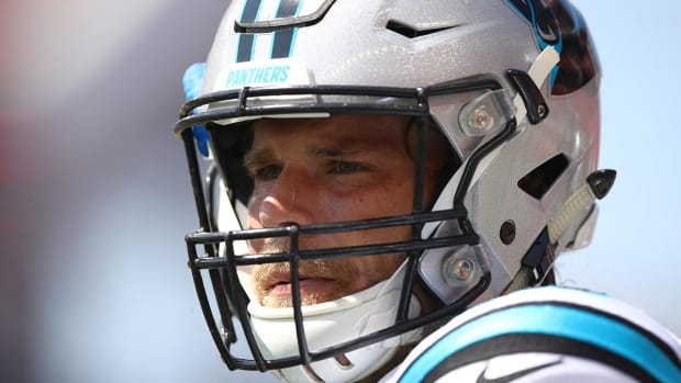 Greg Olsen Suffers Broken Foot, Seen On Crutches With Walking Boot - IMAGE