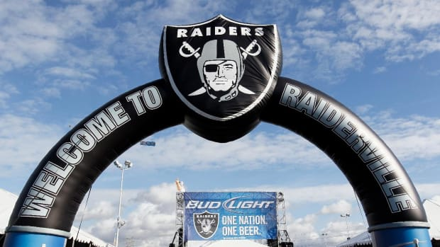 Report: Raiders find new financing for Las Vegas stadium - IMAGE