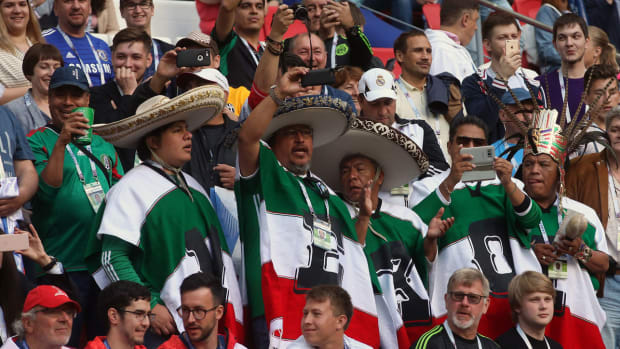 mexico-fans-confederations-cup.jpg