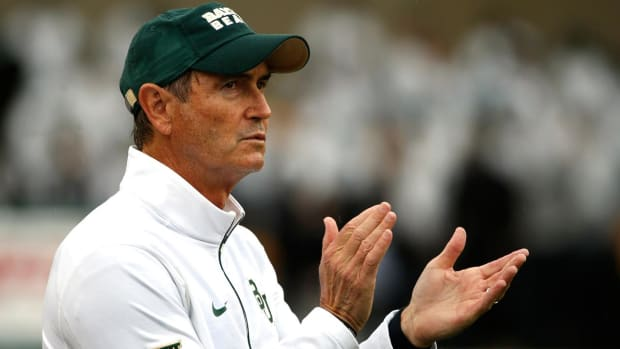 Ex-Baylor head coach Art Briles drops libel lawsuit against school officials - IMAGE