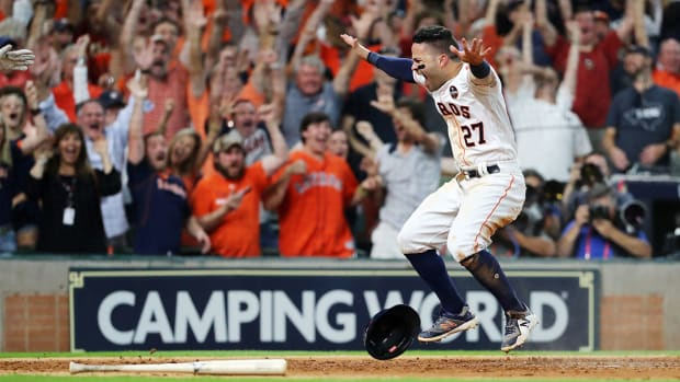 altuve-wins-game2-alcs.jpg