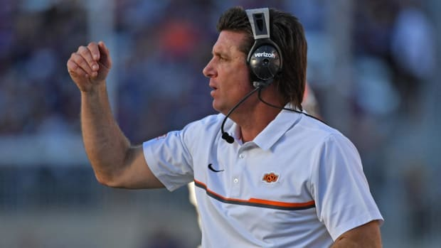 #DearAndy: Will Dana Holgorsen ever grow a mullet like Mike Gundy? -- IMG