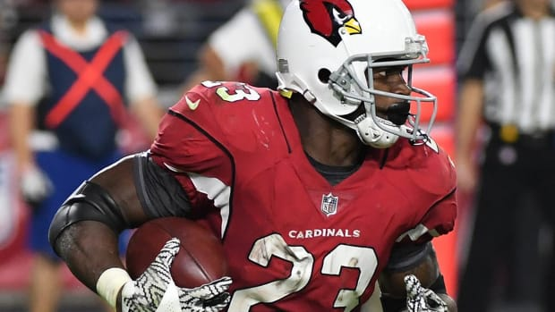 Report: Cardinals Place RB Adrian Peterson on IR Due to Neck Injury - IMAGE
