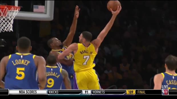 lakers-warriors-larry-nance-kevin-durant-dunk-video.png
