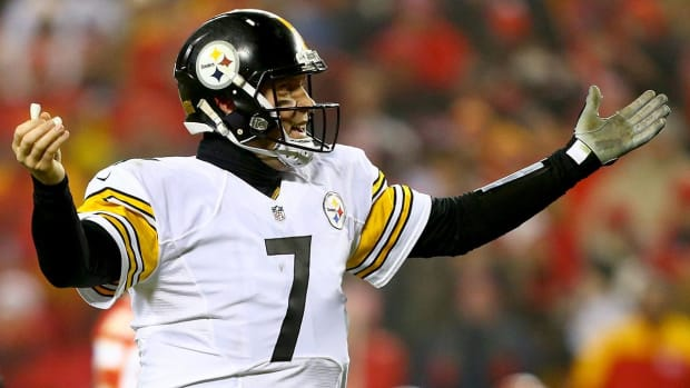 Tomlin, Roethlisberger criticize Antonio Brown for locker room video - IMAGE