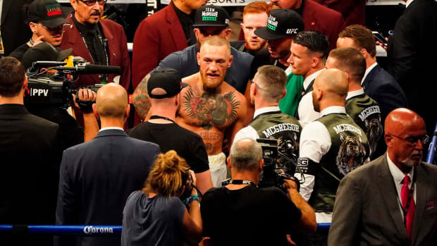 conor-mcgregor-mayweather-boxing-post-fight-1300.jpg