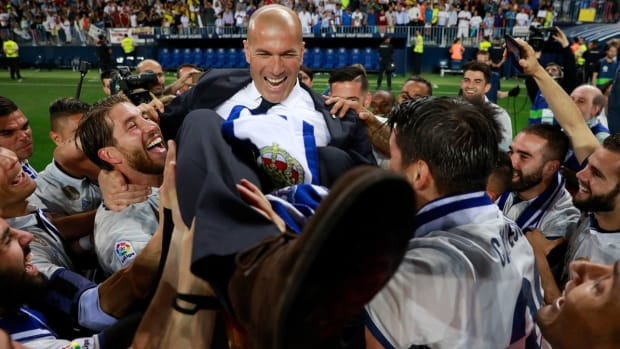 zidane-real-madrid-wins-title.jpg