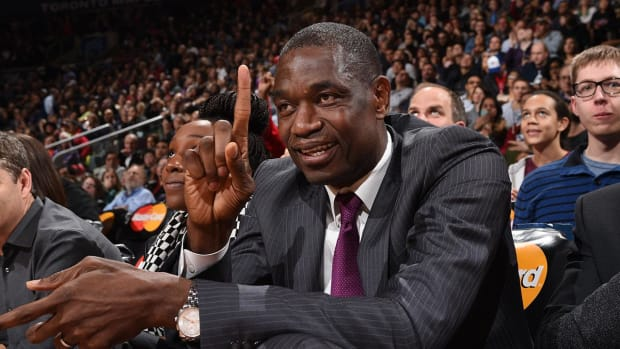 Dikembe Mutombo putting together group to buy Rockets -IMAGE