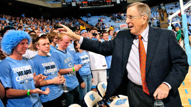 Brent Musburger retiring from ESPN play-by-play at age 77 - IMAGE